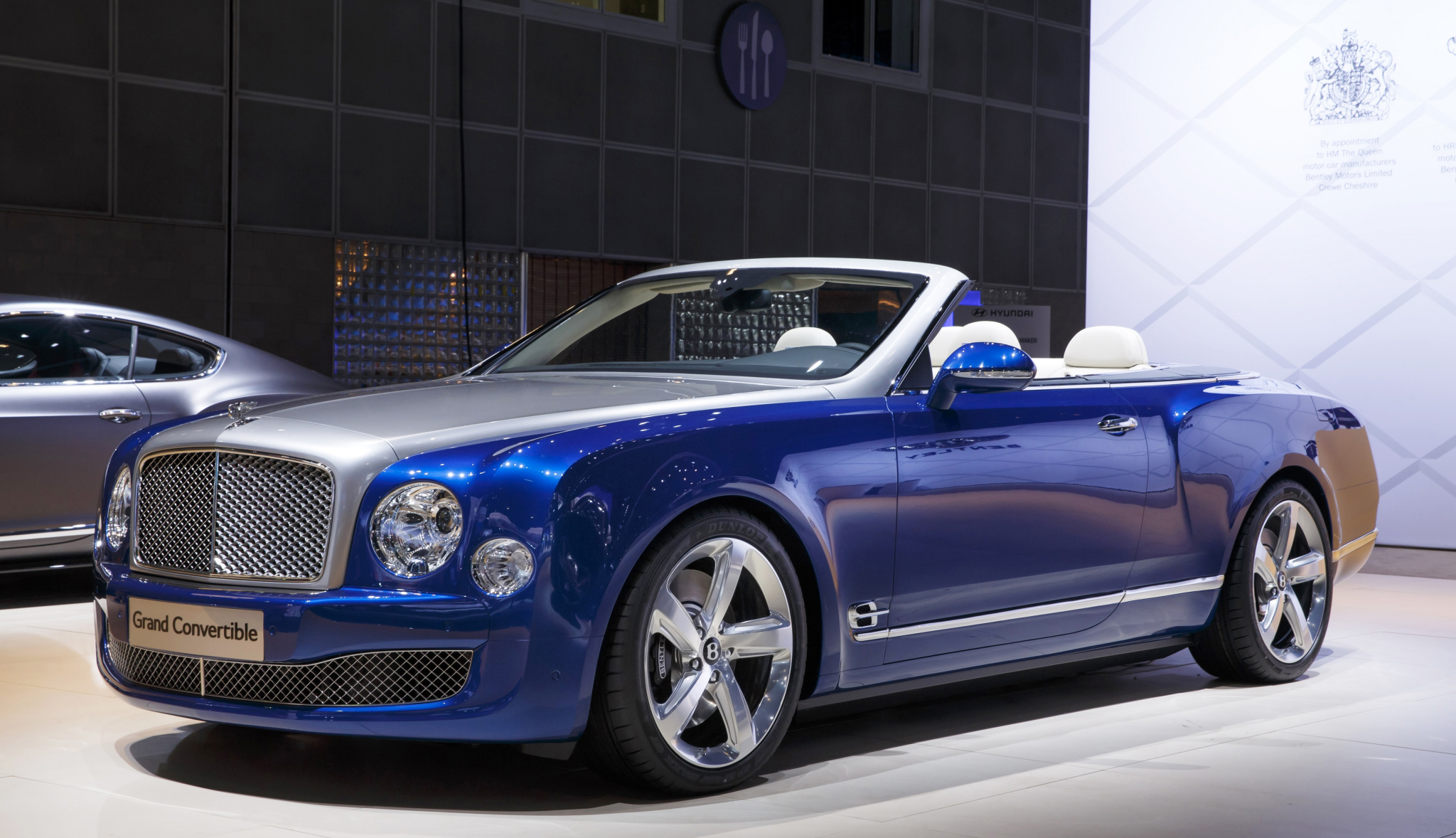 Bentley Grand Convertible HD Wallpapers Free Download