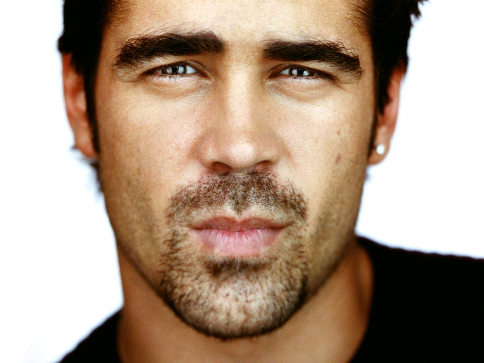 Salman Hd Wallpaper Download Colin Farrell Wallpapers High Resolution And Quality Download