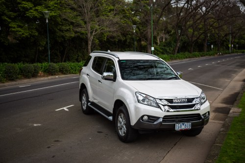 small resolution of isuzu mu x 2017 hd