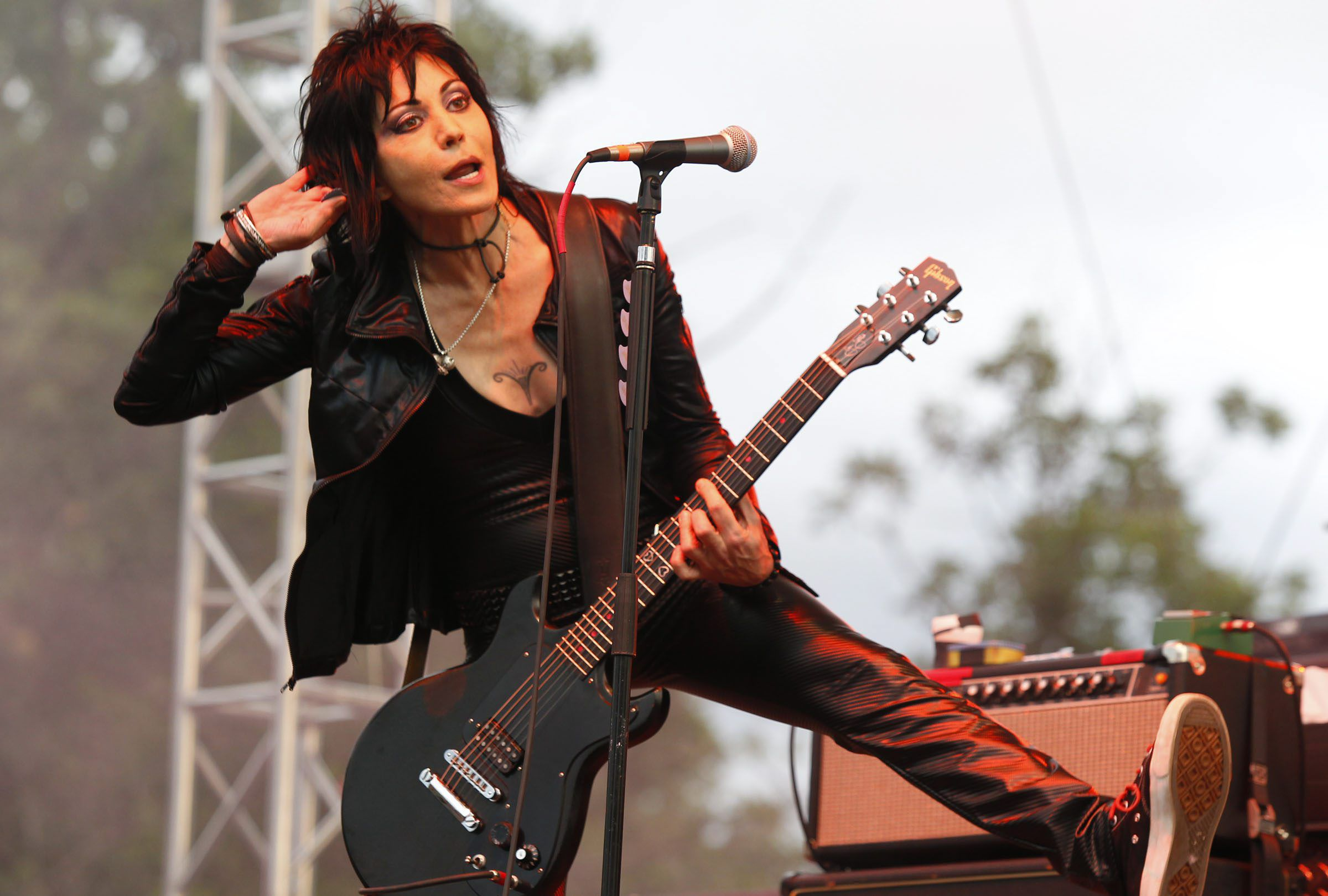 Free Fall Desktop Wallpaper Backgrounds Joan Jett Wallpapers Backgrounds