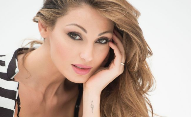 Anna Tatangelo Wallpapers Backgrounds