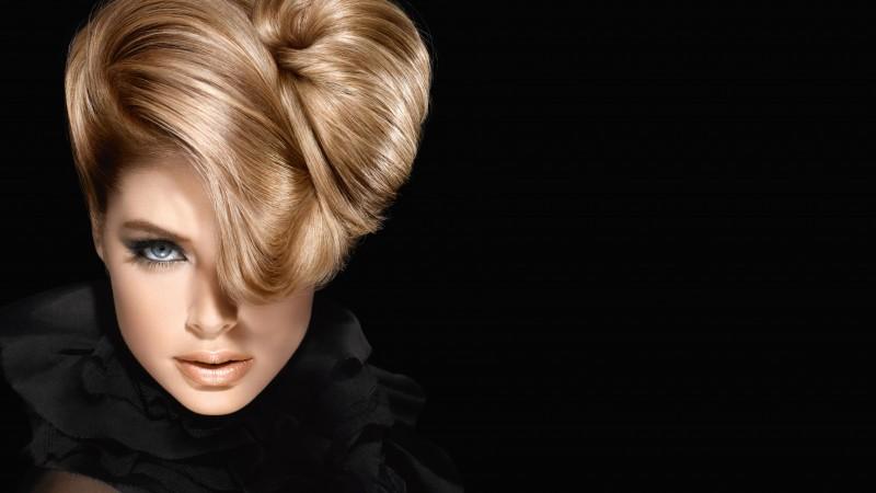 Cool Quotes Wallpaper Download Wallpaper Doutzen Kroes Fashion Model Loreal Makeup