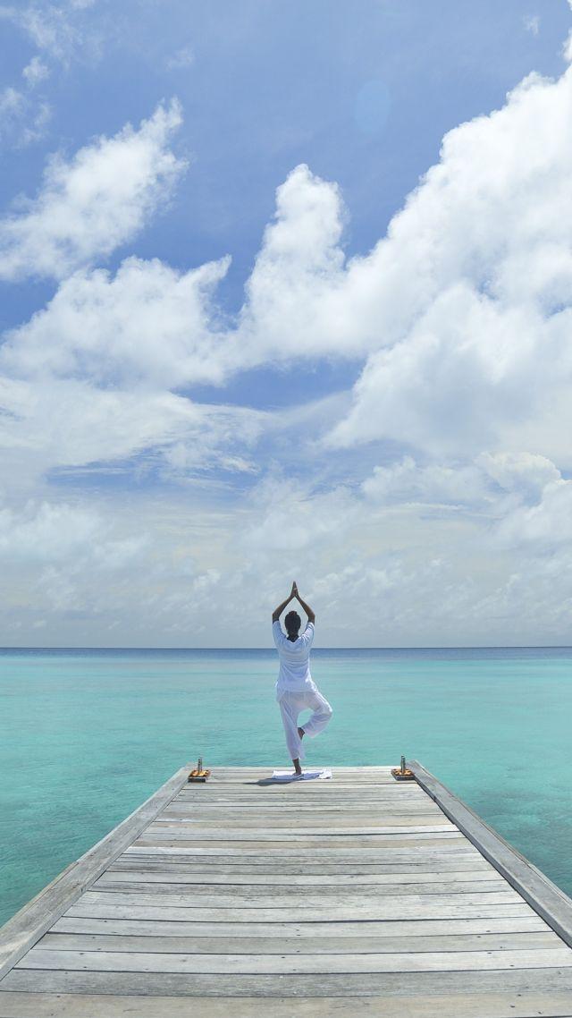 Girls Fitness Wallpaper Wallpaper Yoga Beach Sea Blue Sky Sport 10413