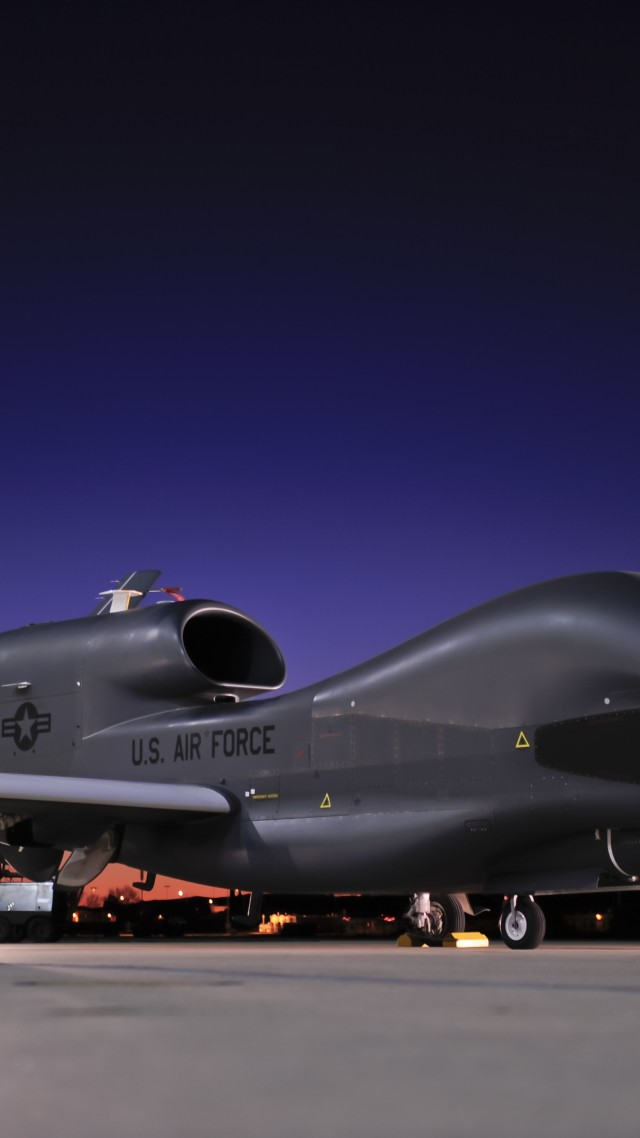 Phantom Car Wallpaper Wallpaper Rq 4 Global Hawk Northrop Grumman Drone