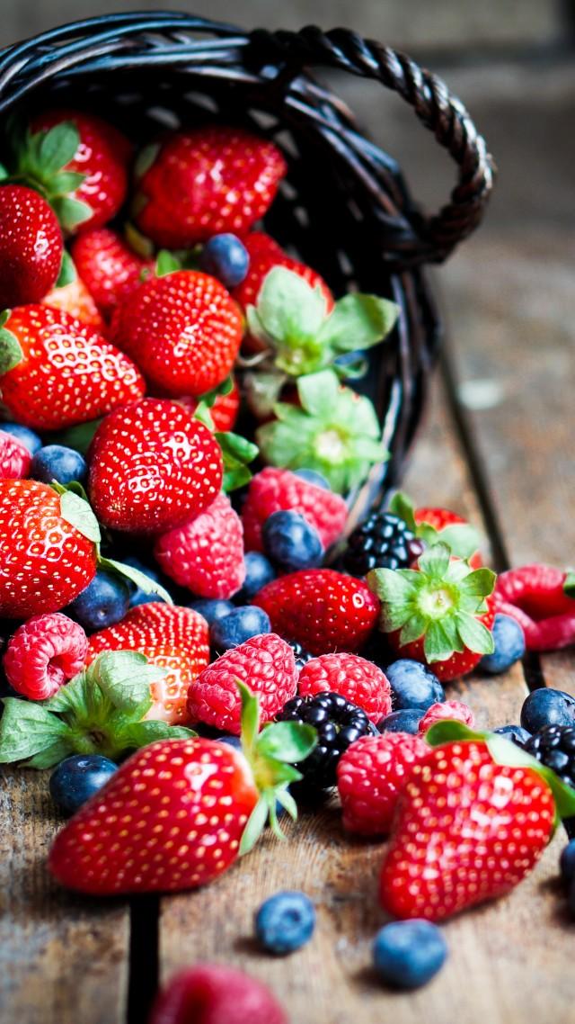 Girls Corn Wallpaper Wallpaper Food Fruit Summer Berries Strawberry