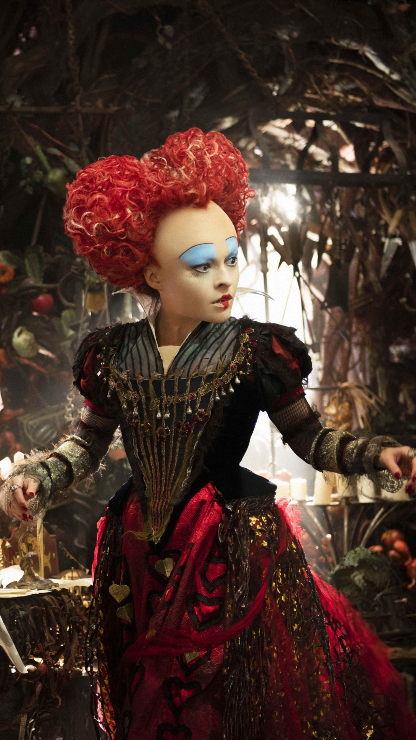 Cool Wallpapers For Little Girls Wallpaper Alice Through The Looking Glass Helena Bonham