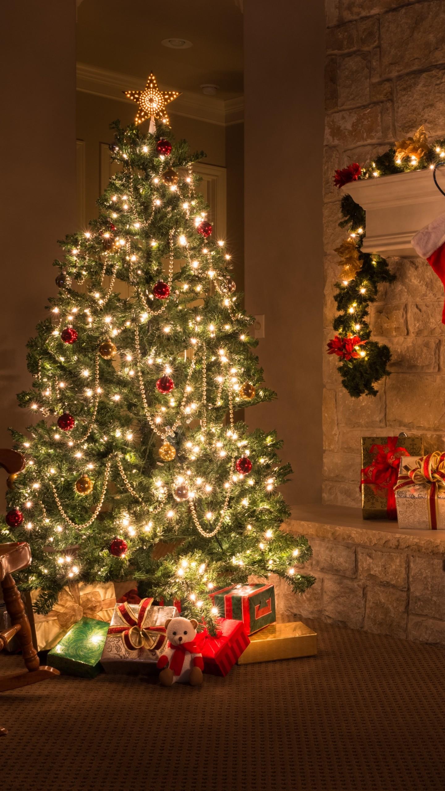 Christmas Santa Hd Wallpapers Wallpaper Christmas New Year Gifts Fir Tree Fireplace