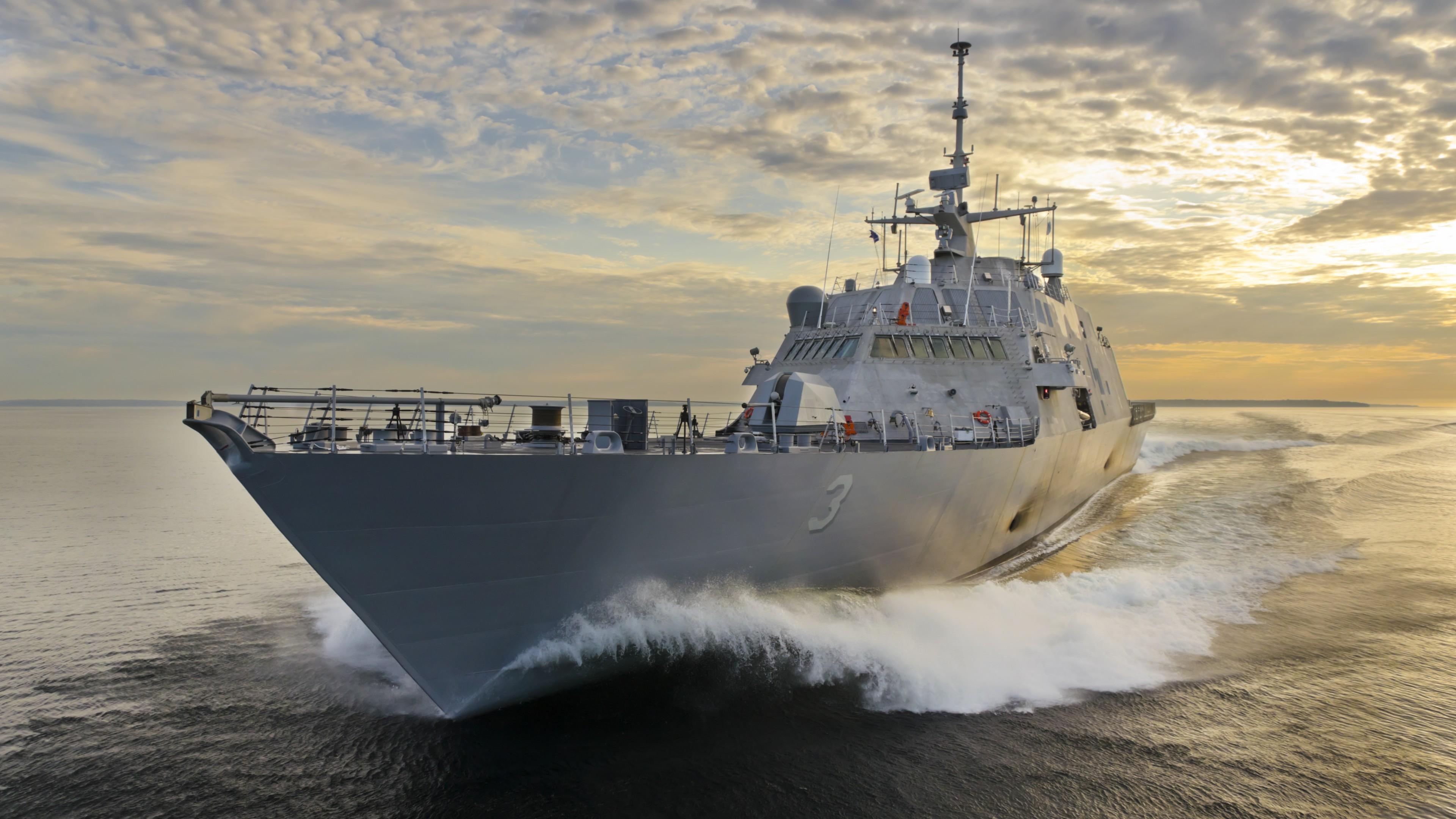 Aircraft Carrier Hd Wallpaper Wallpaper Uss Fort Worth Lcs 3 Littoral Freedom Class