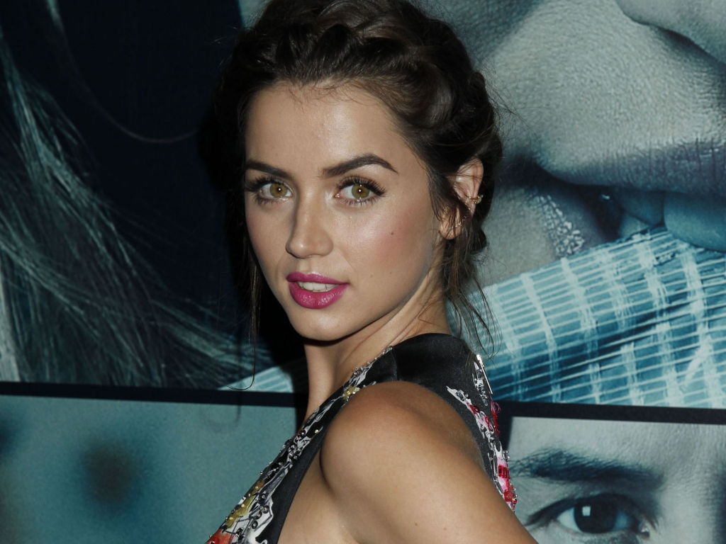 Cute Wallpapers For Samsung Galaxy S5 Desktop Wallpaper Ana De Armas Cuban Beauty Hd Image