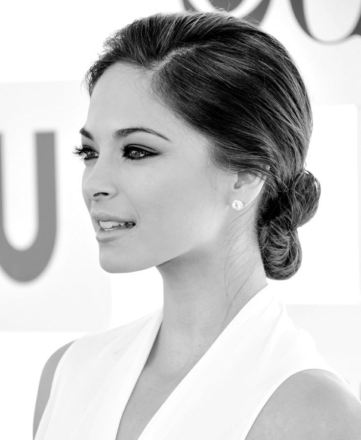 Jordan Wallpaper Iphone 6 30 Kristin Kreuk Wallpapers Hd Free Download