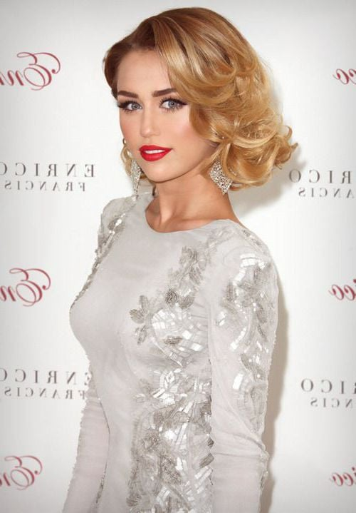 Makeup Iphone Wallpaper 39 Miley Cyrus Wallpapers Hd Download