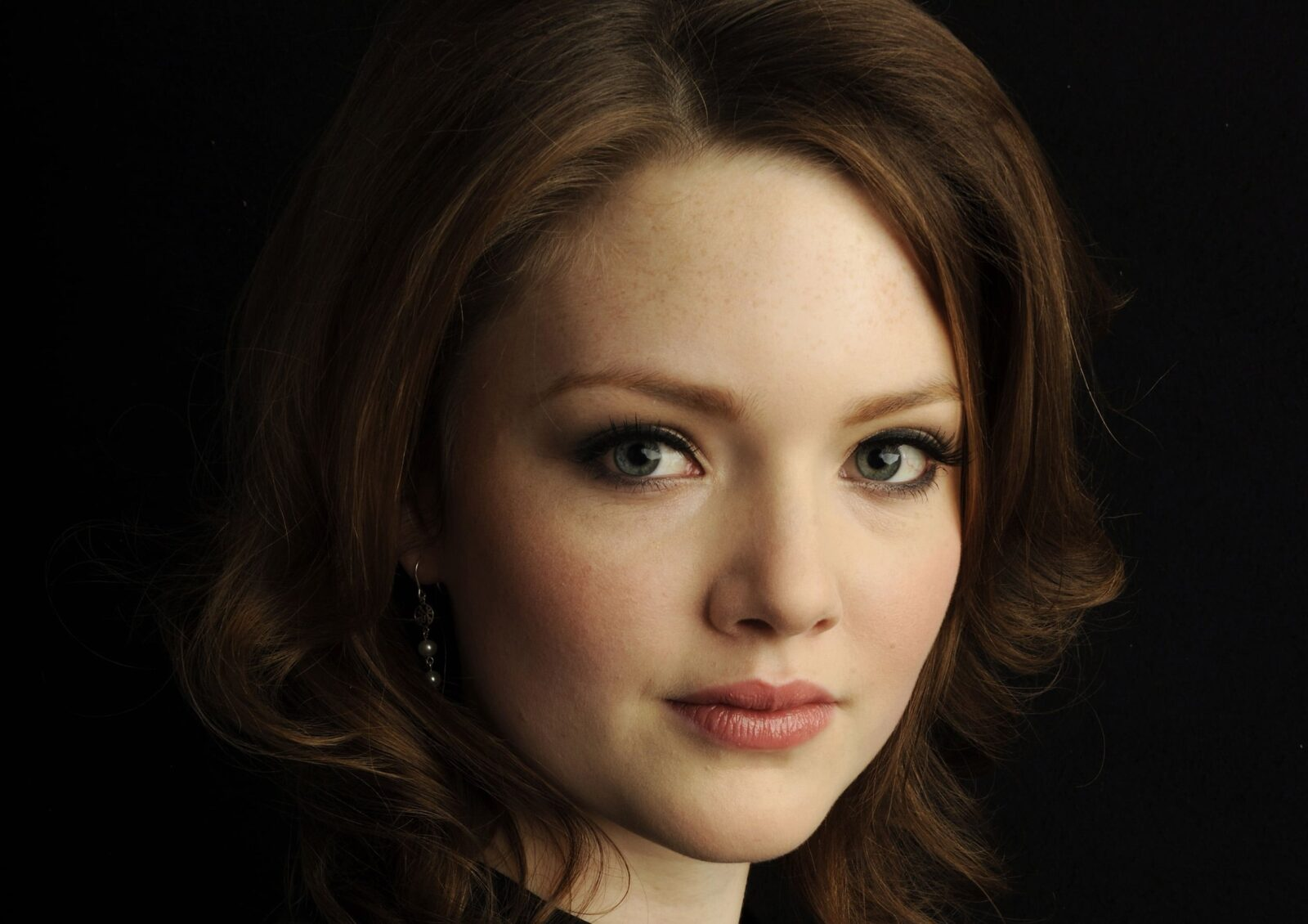 Download Wallpapers Cars Bikes Holliday Grainger Hd Wallpapers Free Download