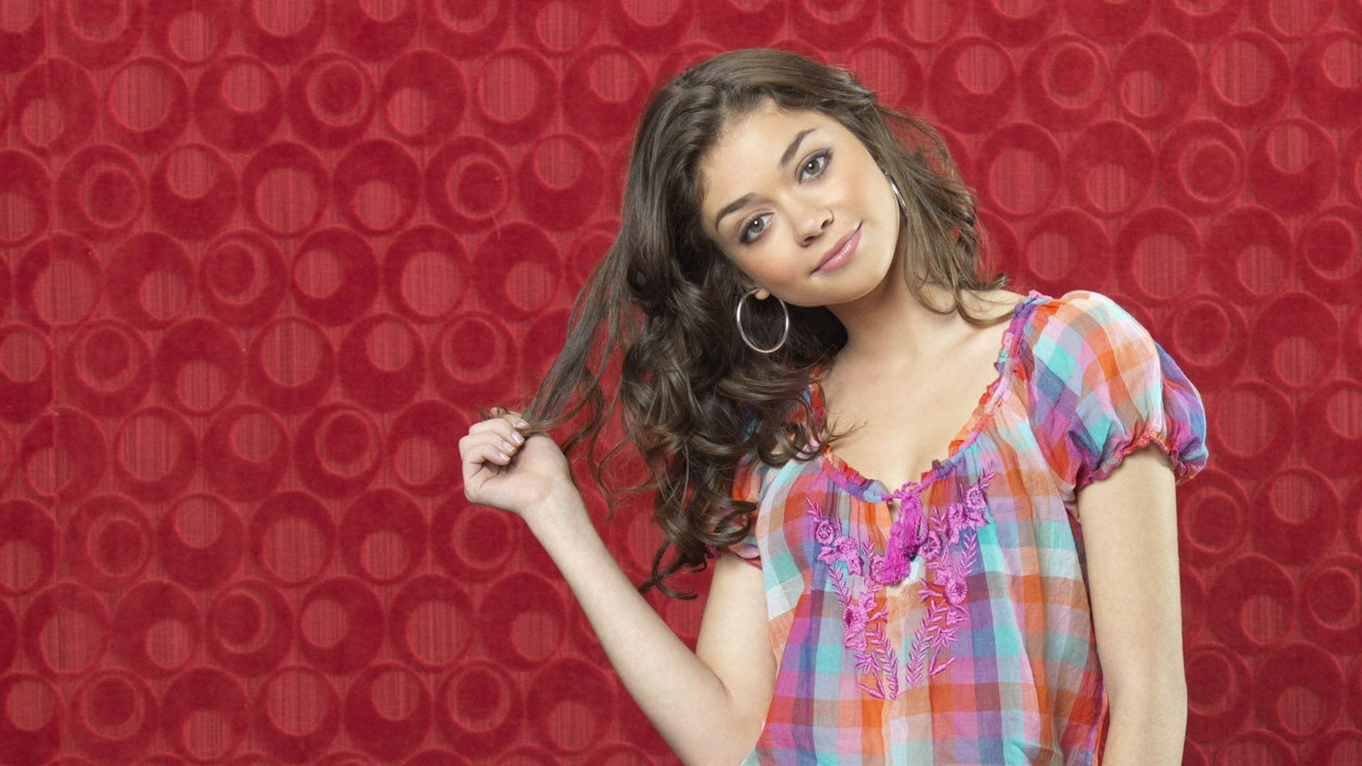 4k Cars Wallpaper Download 28 Sarah Hyland Hd Wallpapers And Pictures