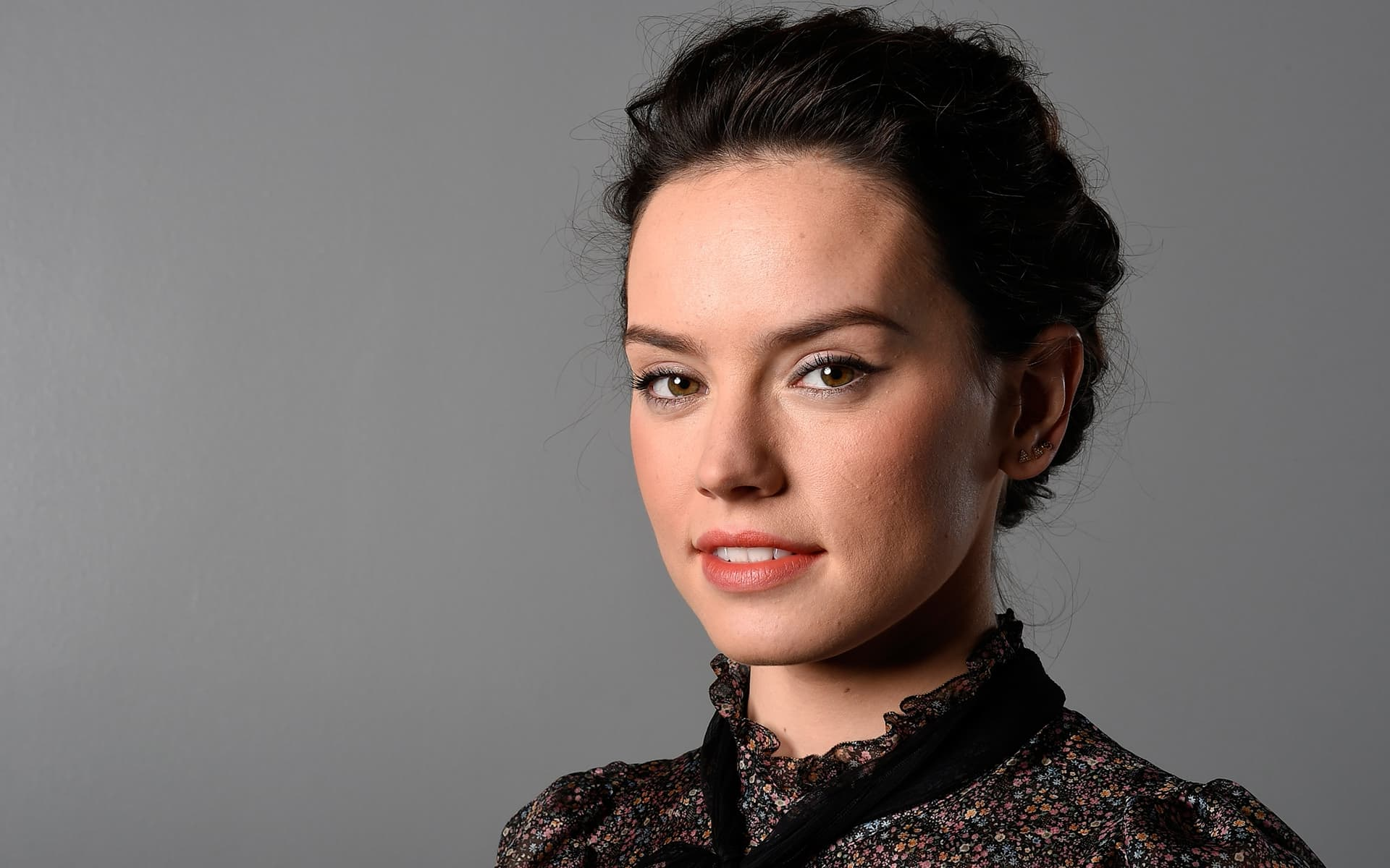 Cool For Girls Wallpapers 10 Daisy Ridley Wallpapers High Quality Resolution Download