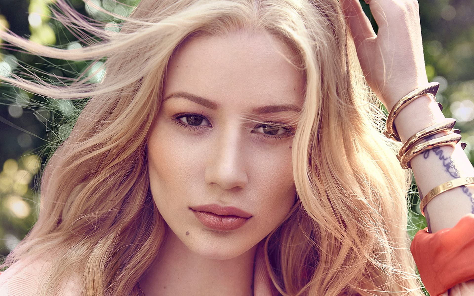 Sport Cars Wallpapers With Girls 7 Iggy Azalea Wallpapers High Quality Download