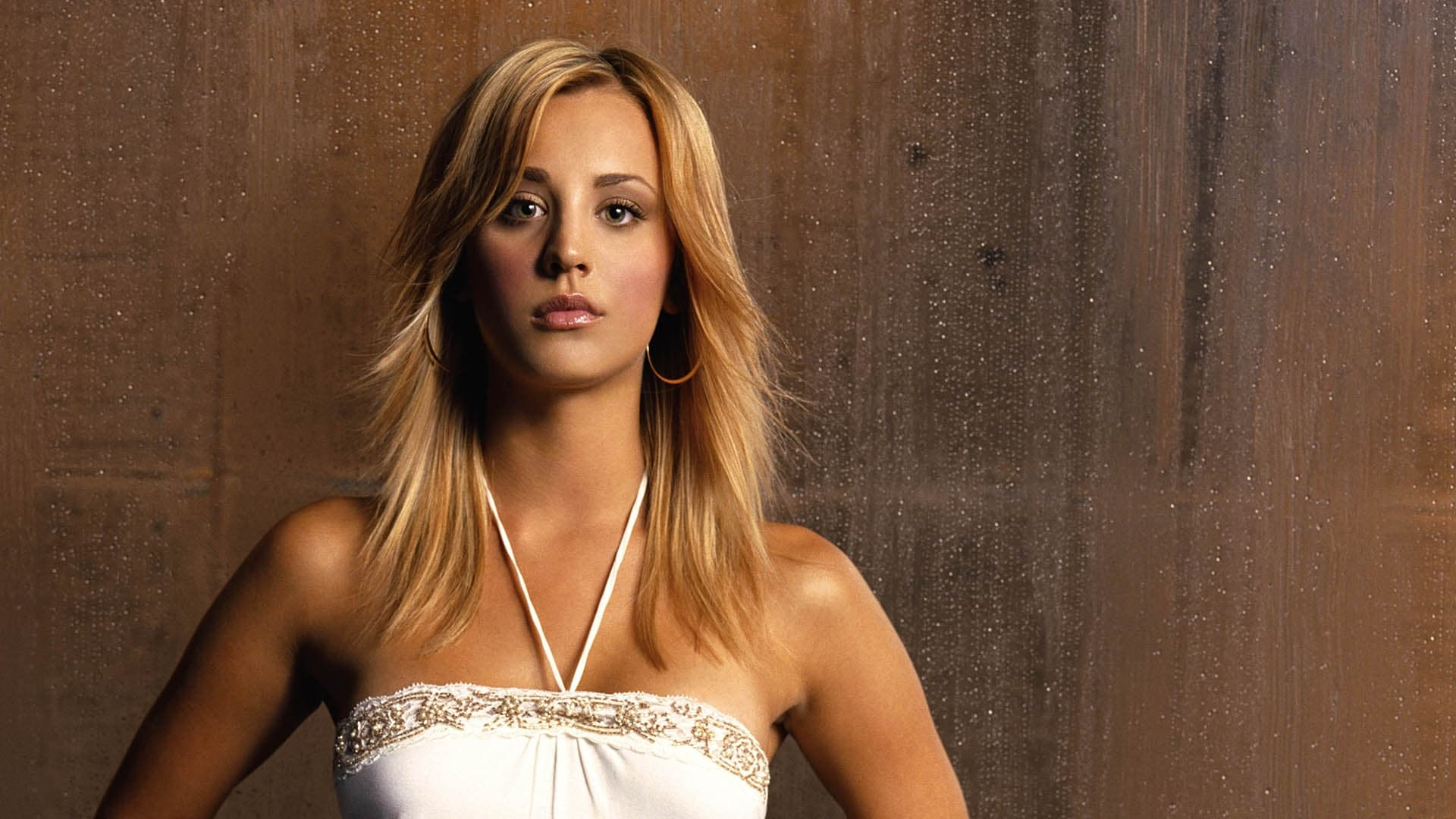 Wallpapers Of Girls 20 Kaley Cuoco Wallpapers High Quality Download