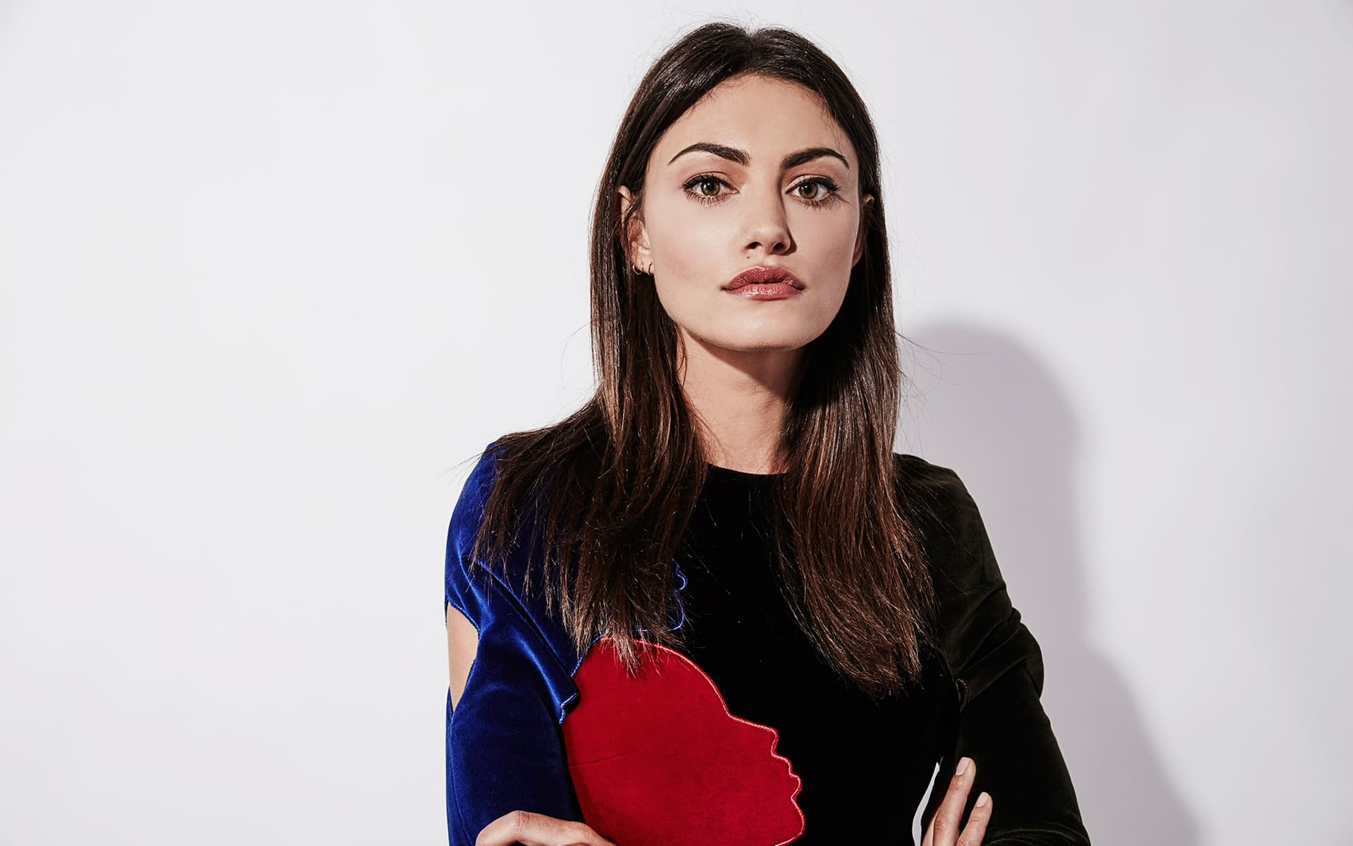 Download Wallpapers Cars Bikes 20 Phoebe Tonkin Wallpapers High Quality Download