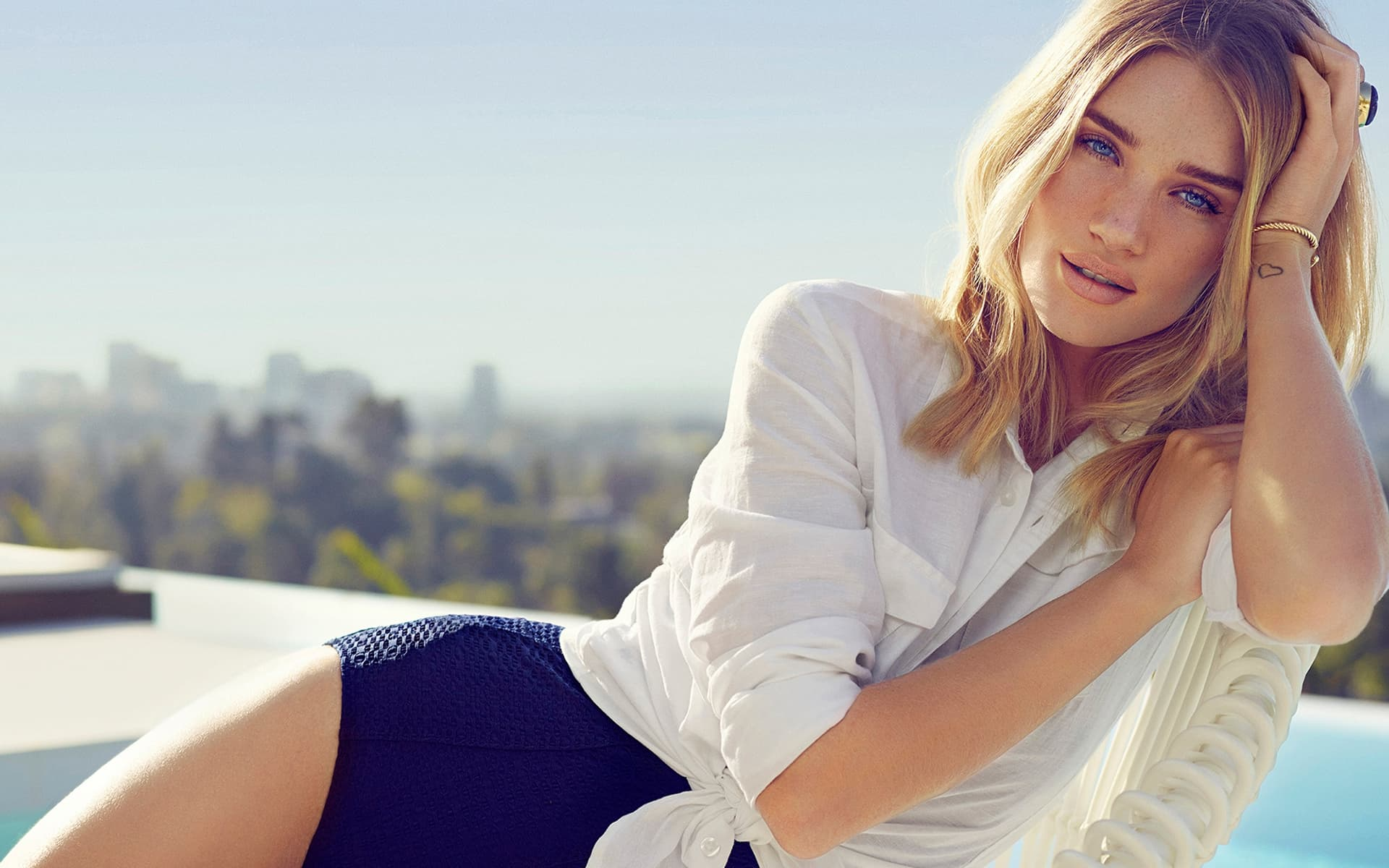 Cool For Girls Wallpapers 24 Rosie Huntington Whiteley Wallpapers High Quality Download