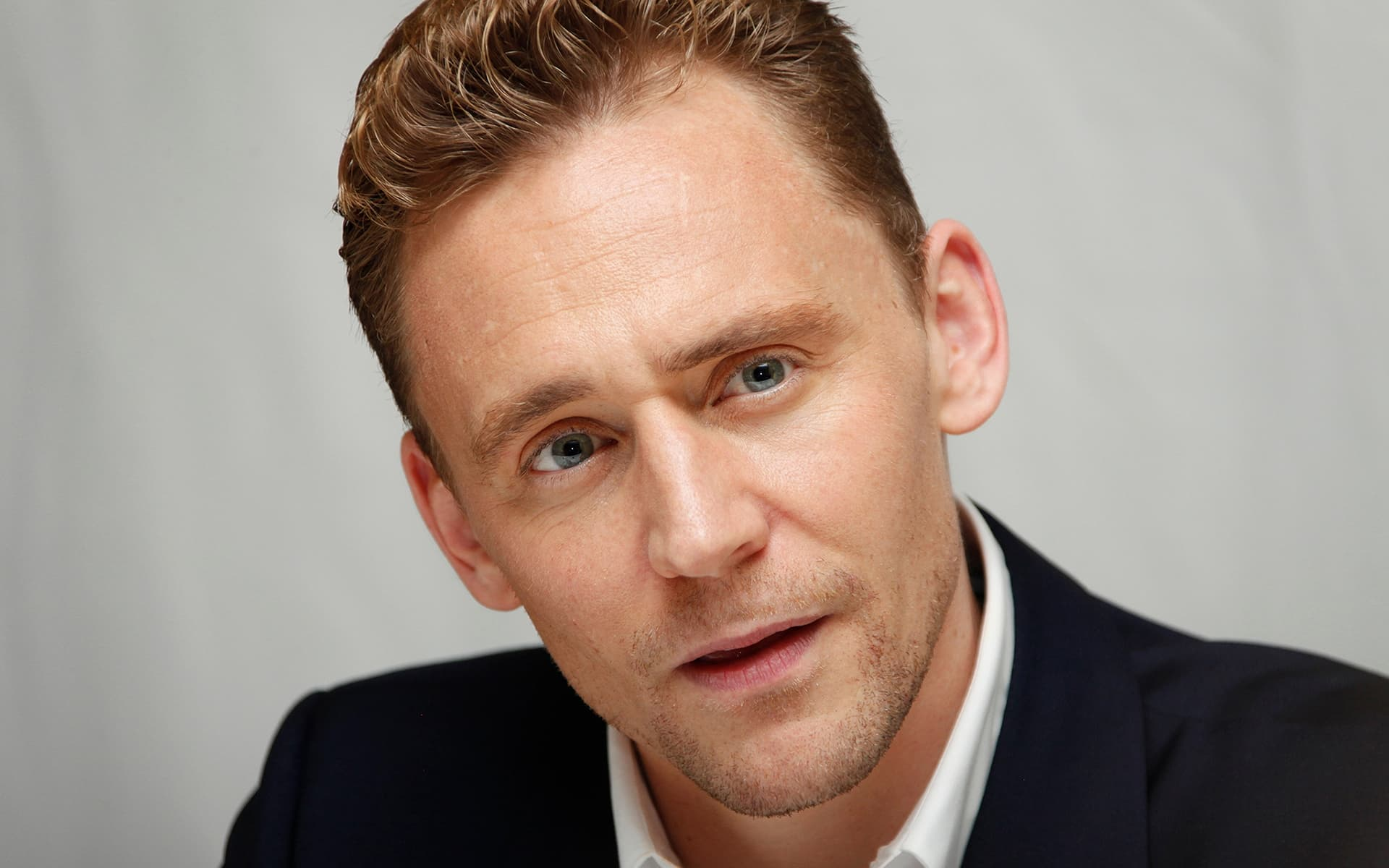 Nature Animals Wallpaper 15 Tom Hiddleston Wallpapers High Quality Resolution Download