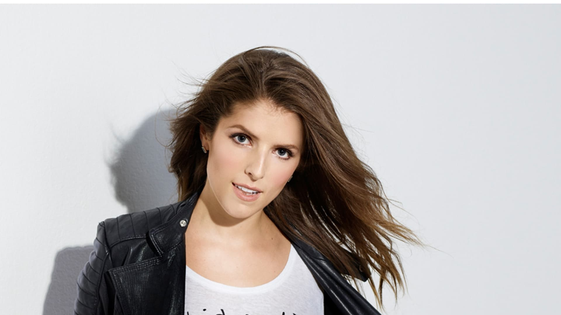 Cute Car Wallpapers Download 15 Anna Kendrick Wallpapers Hd High Quality Resolution
