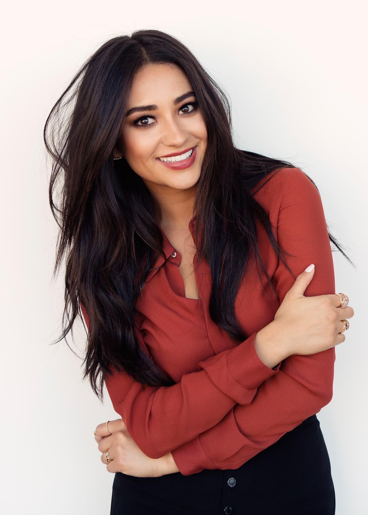Girls Hd Wallpapers Shay Mitchell Wallpapers Hd High Quality Download