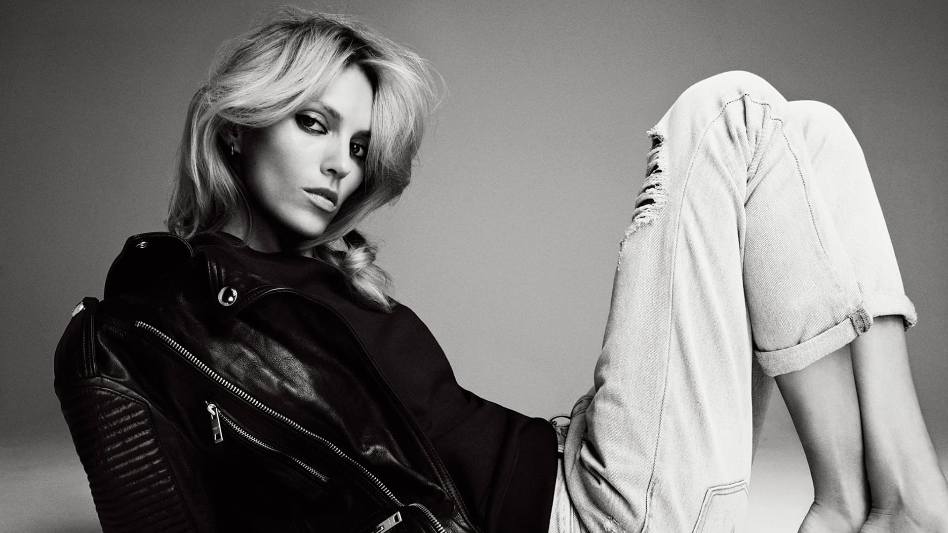 Hd Wallpapers Of Girls And Cars Anja Rubik Wallpapers Hd High Quality Resolution Download