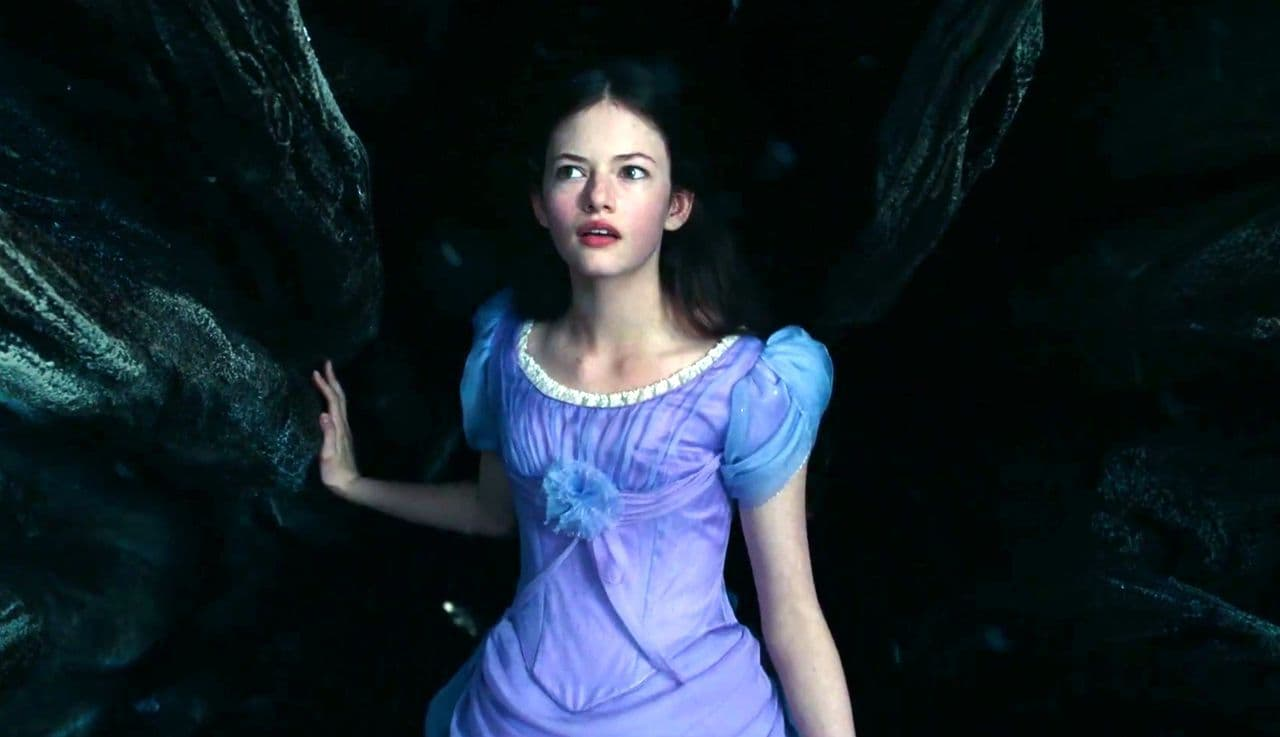 Beautiful Girl Live Wallpaper For Android 25 Mackenzie Foy Wallpapers Hd