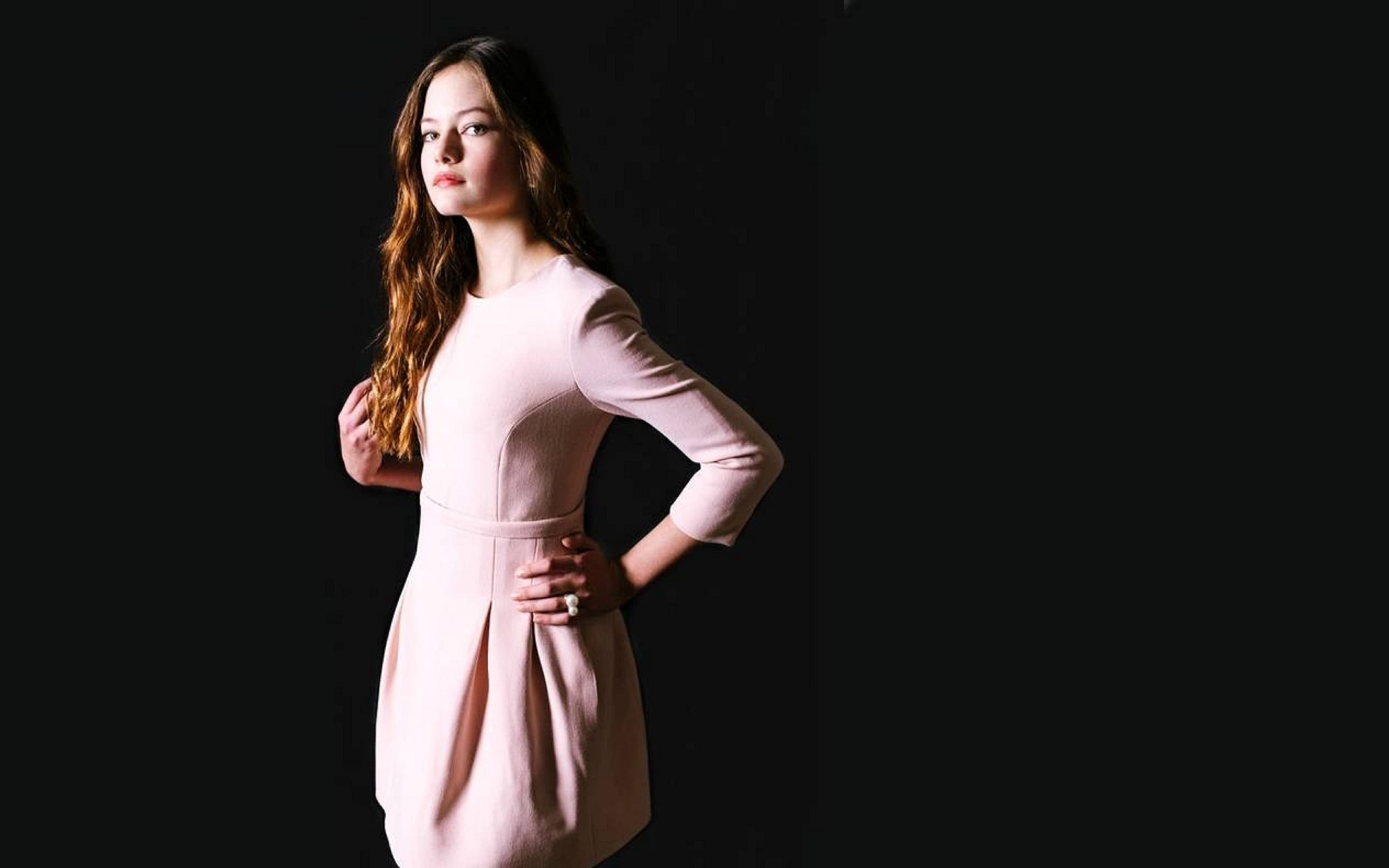 Hd Car Games Wallpapers 25 Mackenzie Foy Wallpapers Hd