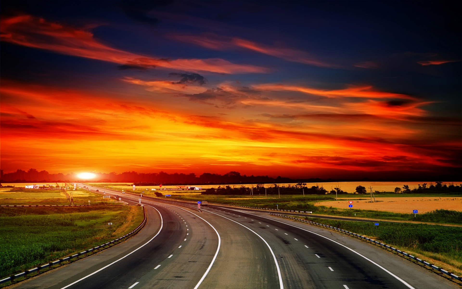 Awesome Animated Wallpapers Highway Amp Fire Red Sky Wallpapers Highway Amp Fire Red Sky