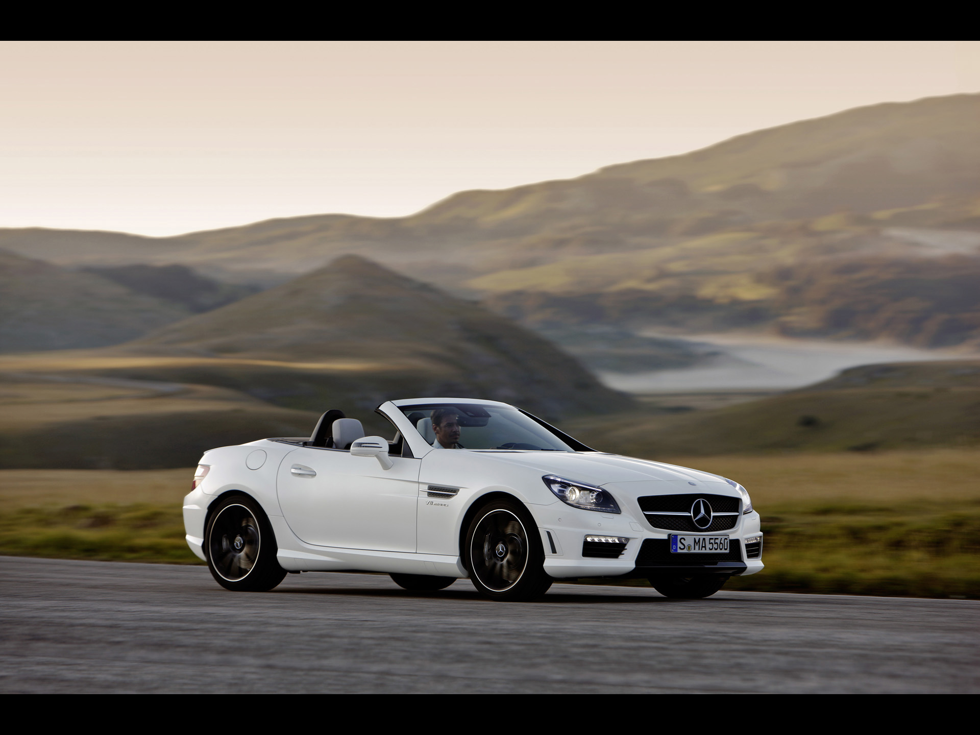 C63 Amg Coupe Iphone X Wallpaper Mercedes Benz Slk 55 Amg Right Side Speed Wallpapers