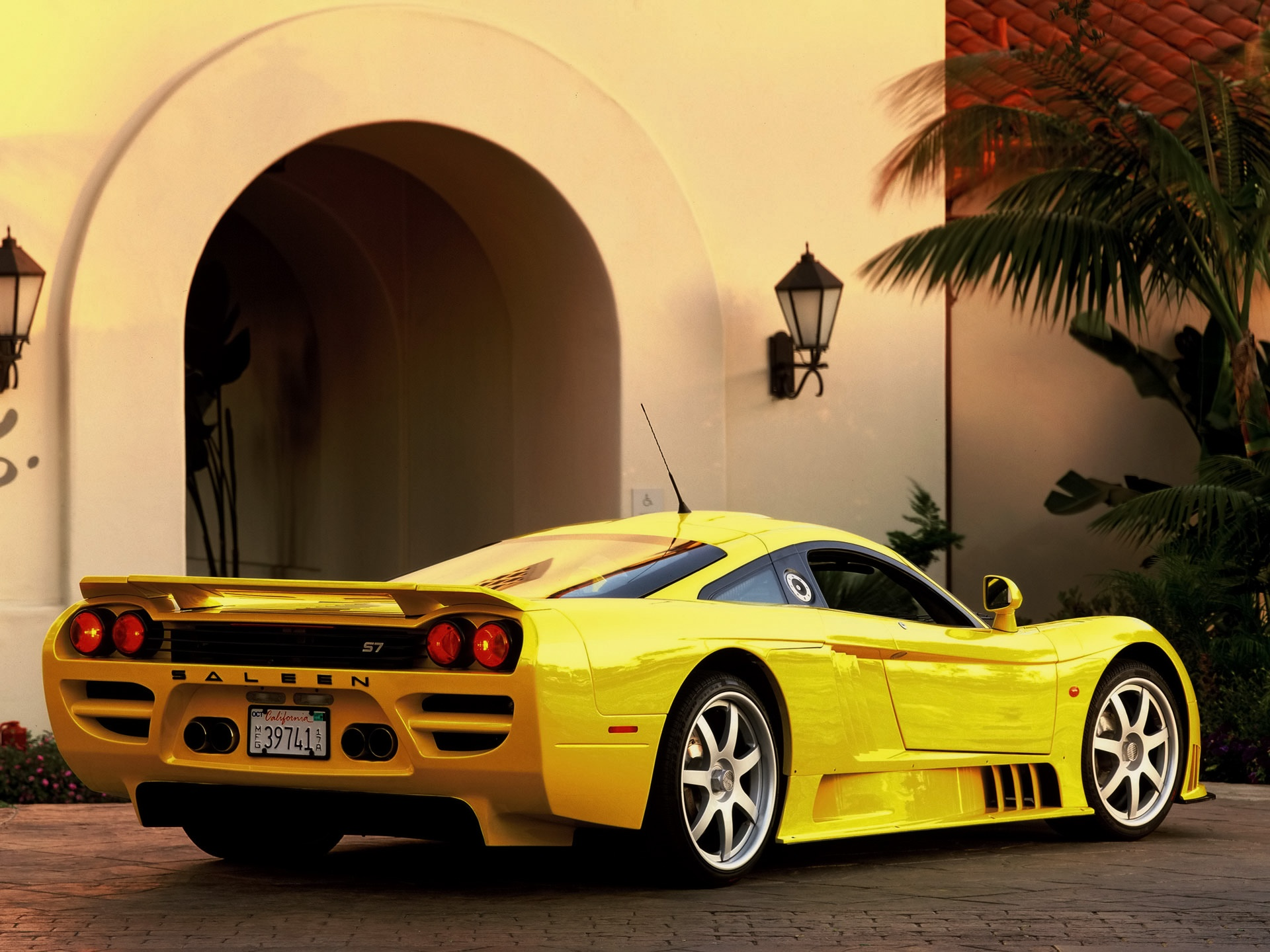 Audi Hd Wallpapers For Mobile Saleen S7 Rear Wallpapers Saleen S7 Rear Stock Photos