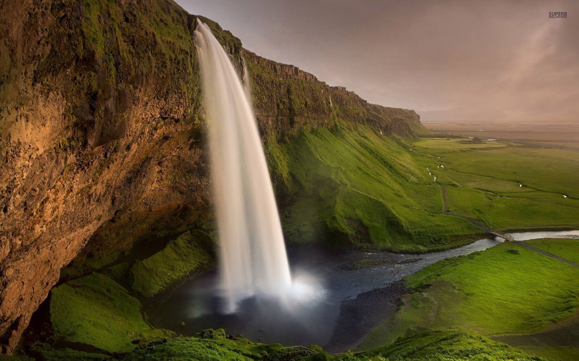 Pretty Fall Desktop Wallpaper Seljalandsfoss Waterfall Cliff Wallpapers Seljalandsfoss