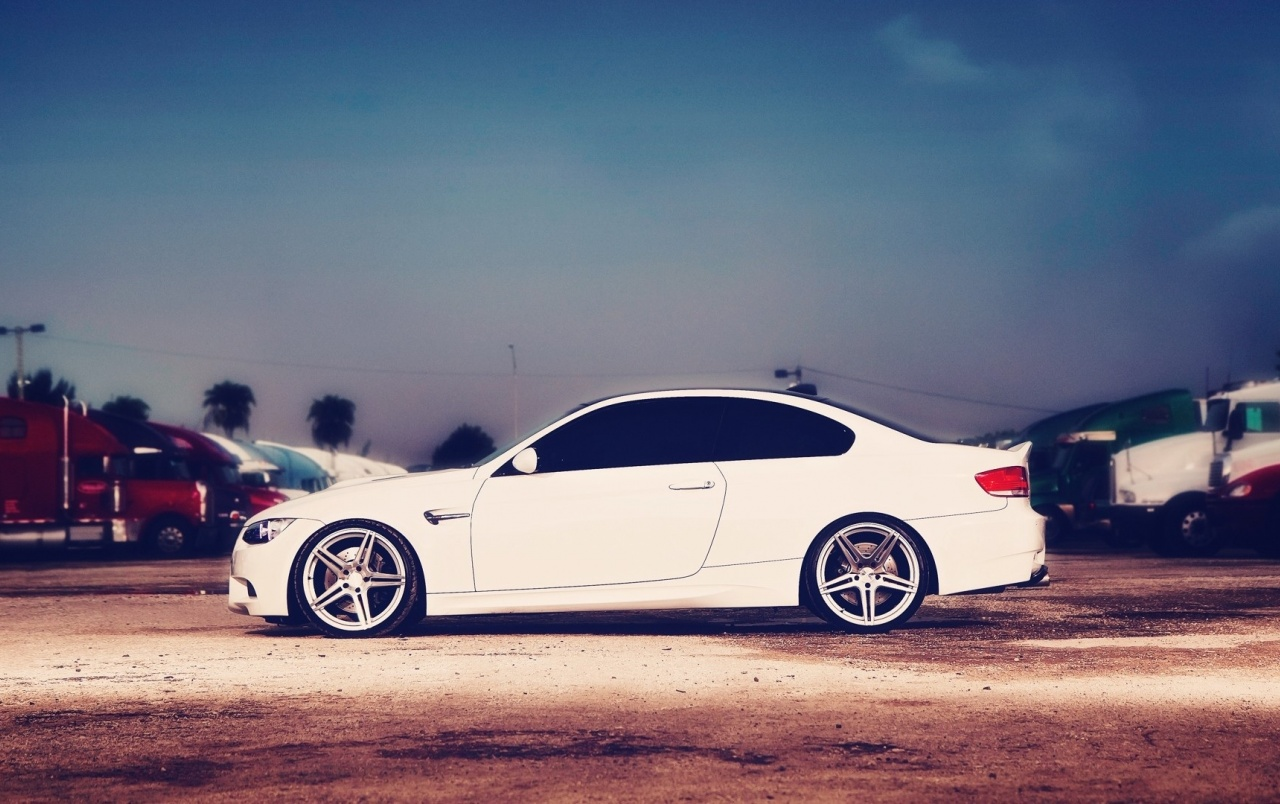 Bmw Girl Wallpaper Iphone Bmw M3 E92 Stra 223 E Tuning Hintergrundbilder Bmw M3 E92