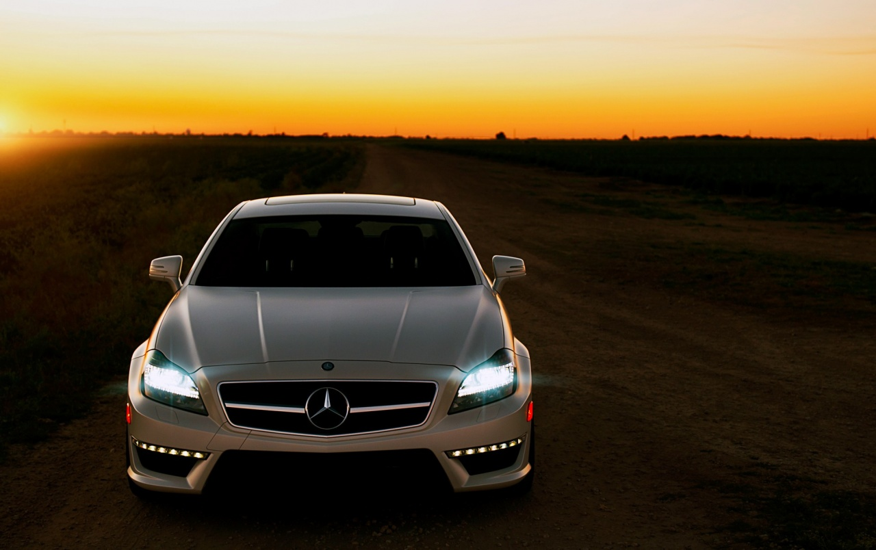 Mercedes Benz Amg Iphone Wallpaper Cls 63 Amg At Sunset Wallpapers Cls 63 Amg At Sunset