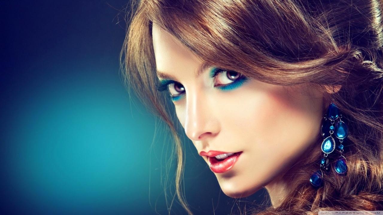 Portrait 4k Wallpaper Girl Turquoise Makeup 4k Hd Desktop Wallpaper For 4k Ultra Hd