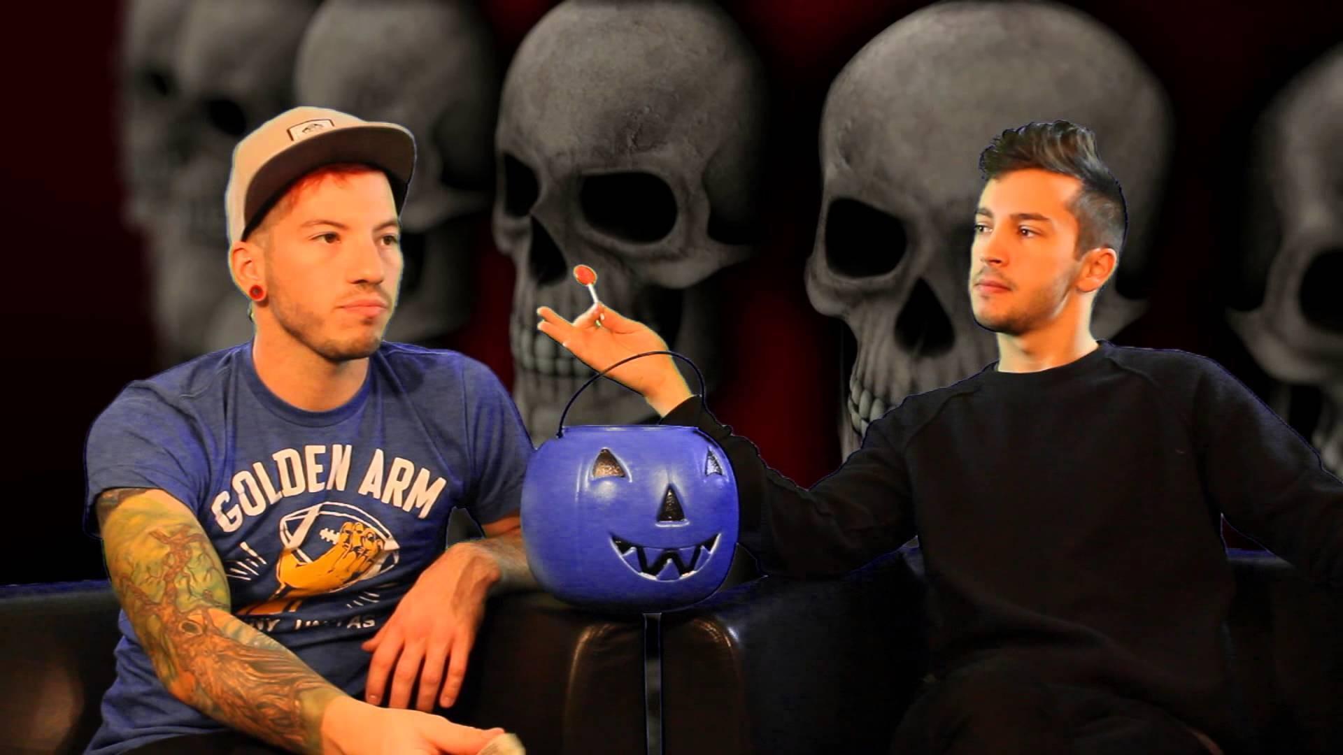Fall Out Boy Iphone Wallpaper Twenty One Pilots Desktop Wallpaper 183 ① Download Free