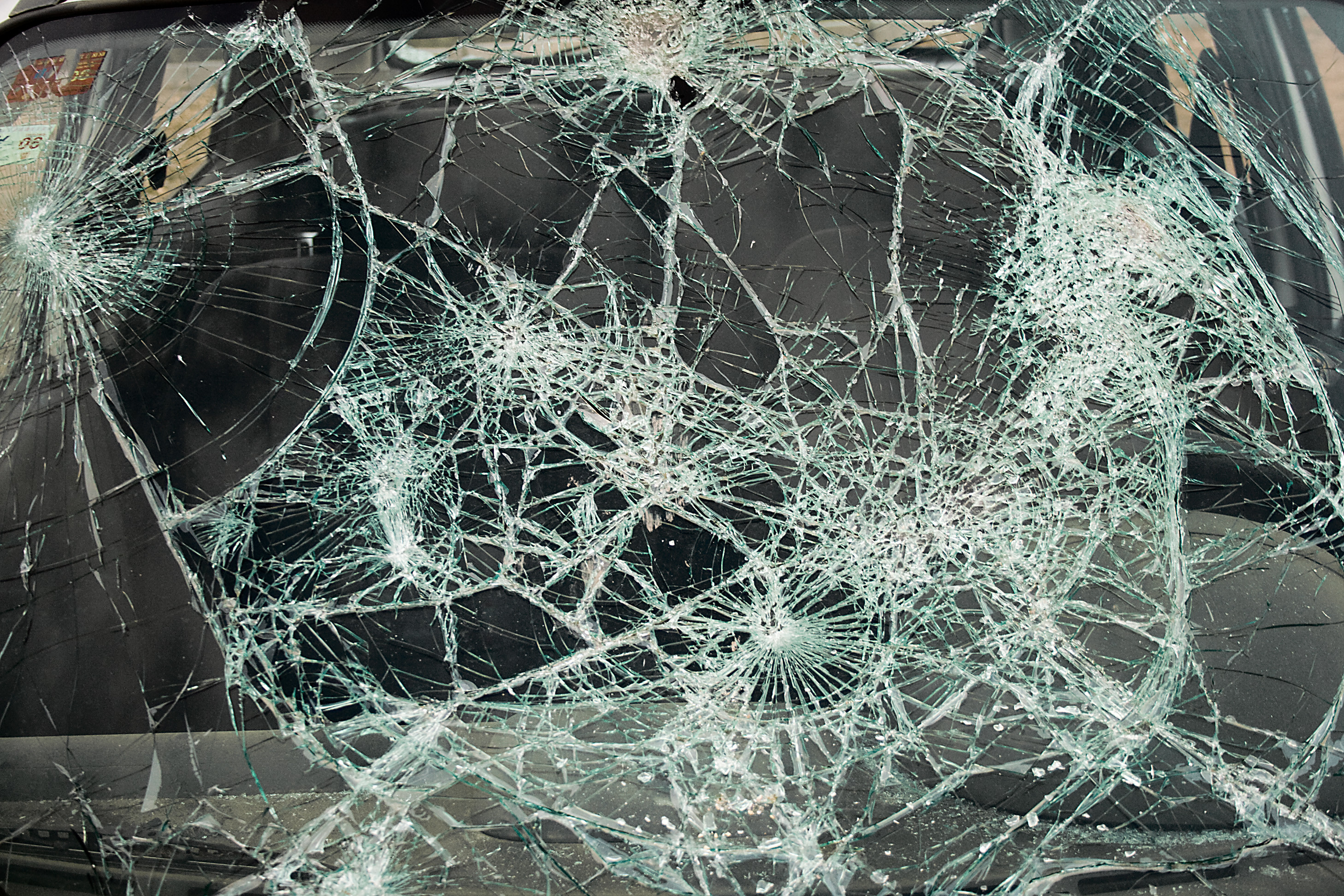 Shattered Iphone X Wallpaper Broken Screen Wallpaper Mac 183 ① Wallpapertag