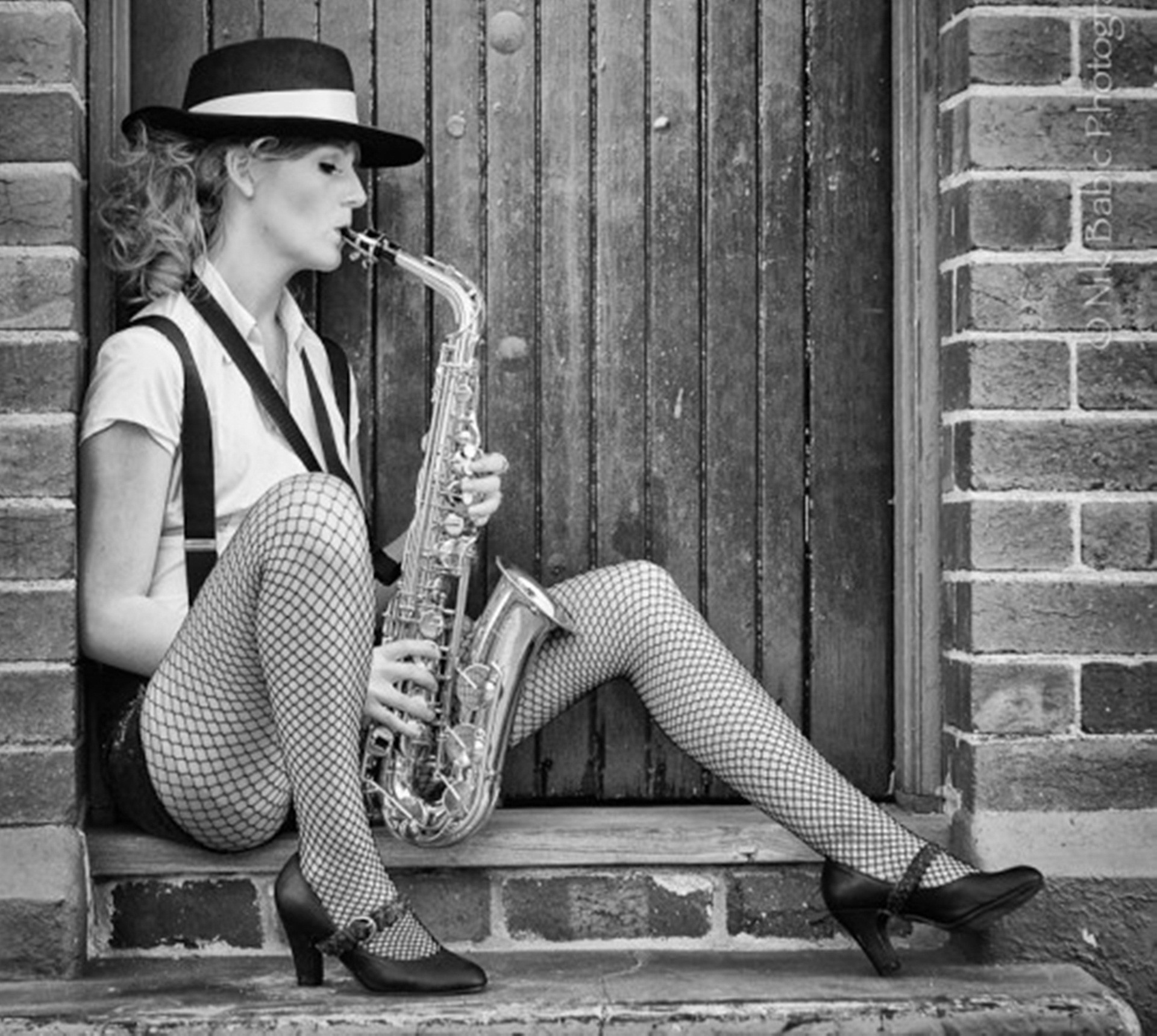 Beautiful Girl With Hat Wallpapers Saxophone Wallpaper 183 ① Wallpapertag