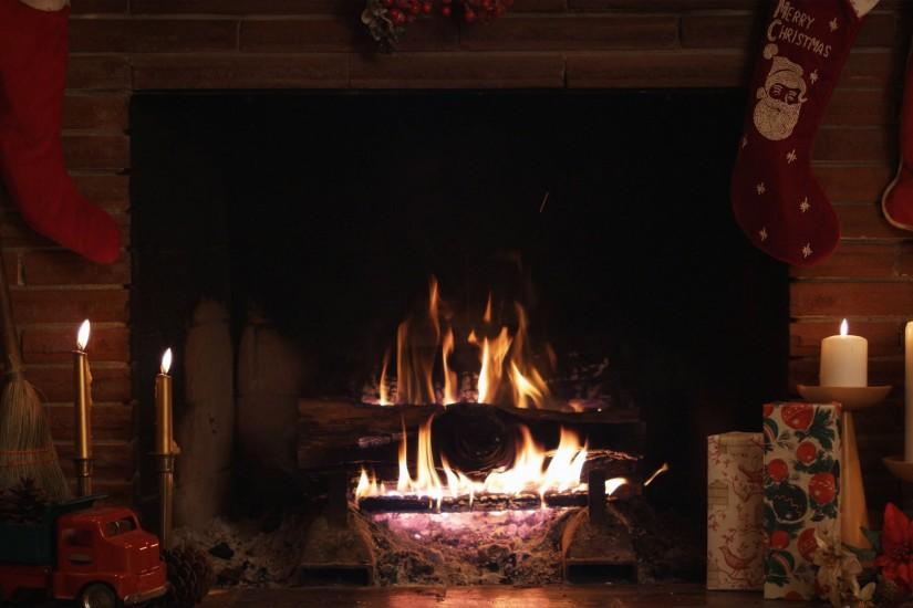 Cozy Fireplace Wallpaper 1440x900