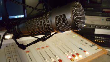 guess wall radio wallfmradiohv