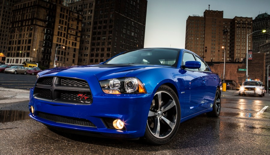 Automotive Fast Cars Dodge Charger In City Photo Picture Desktop Free