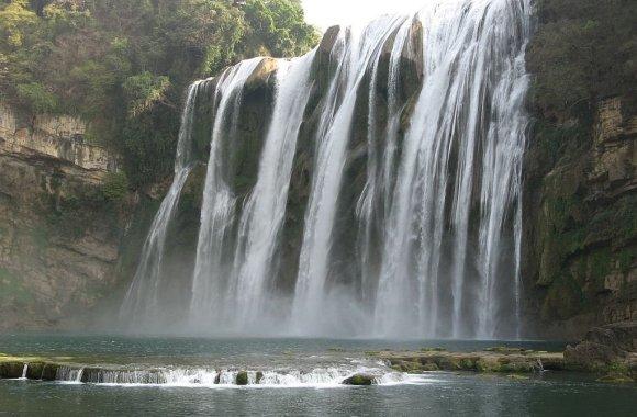 Amazing HuangGuoShu Waterfall Nature Photo And Picture Sharing
