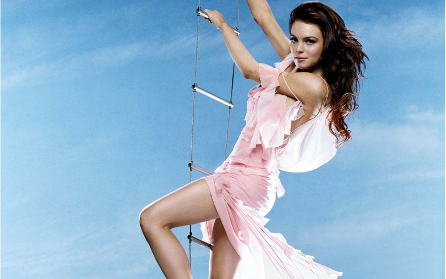 Lindsay Lohan Flying in Pink HD Wallpaper