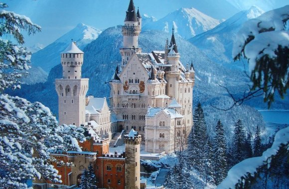 Neuschwanstein Castle HD Wallpaper