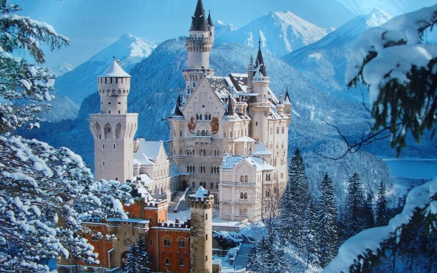 Neuschwanstein Castle HD Wallpaper by Wallsev.com