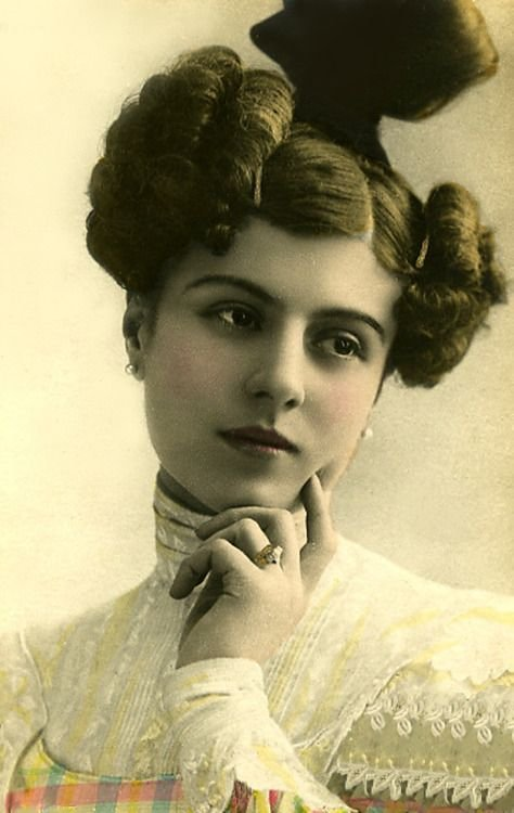 New 12 Best Women With Short Hair In The 1800S Images On Ideas With Pictures