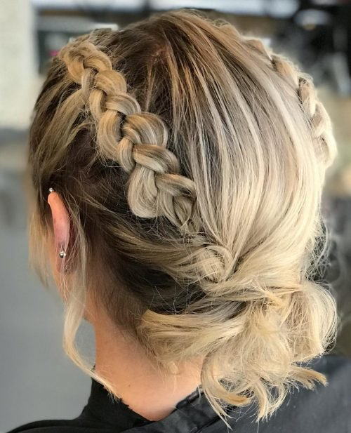 New 18 Gorgeous Prom Hairstyles For Short Hair For 2019 Ideas With Pictures