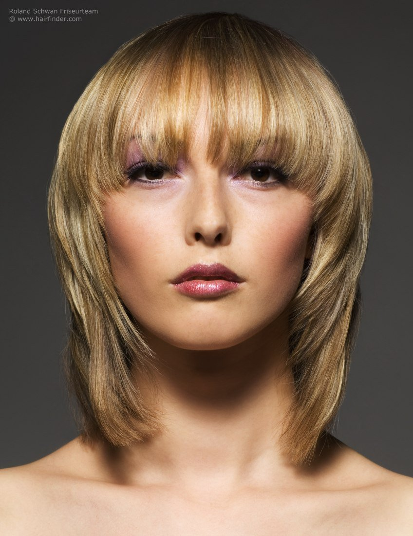 New Blonde Medium Length Hairstyle With Soft Contours And Ideas With Pictures