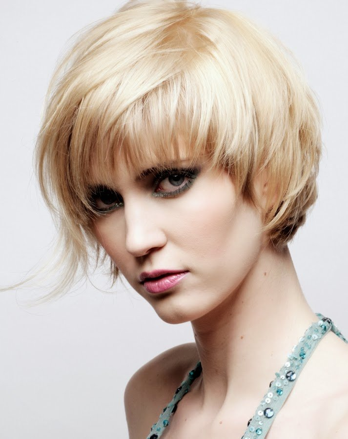 New Lm Carmen New Layered Hairstyles For Short Hair Ideas With Pictures Original 1024 x 768