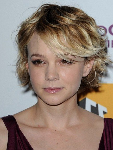 New Trends Hairstyles Cute Short Wavy Haircuts Ideas With Pictures